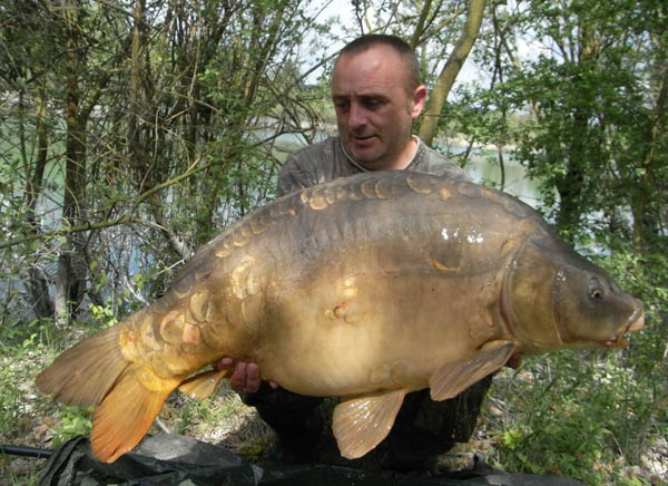 Ceri Howells with a Tortue Forty
