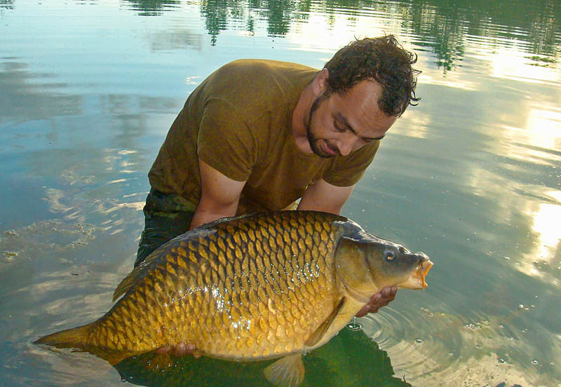 Carp Fishing Lakes in France - Croix Blanche Lakes